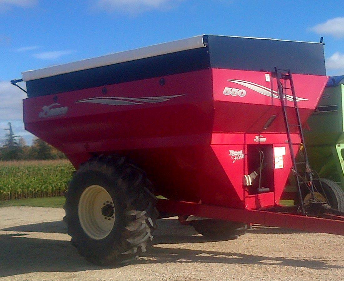 Grain buggy Roll Tarp kit 1